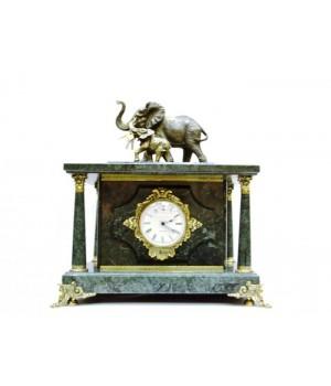 "Часы-сейф из мрамора ""Слоны"""