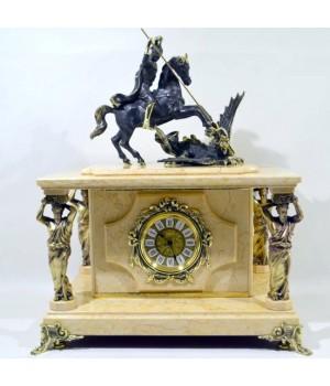 Часы-сейф из мрамора Георгий победоносец