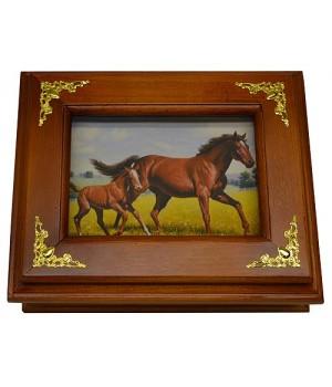 """Деревянная ключница """"Лошади"""" малая"""